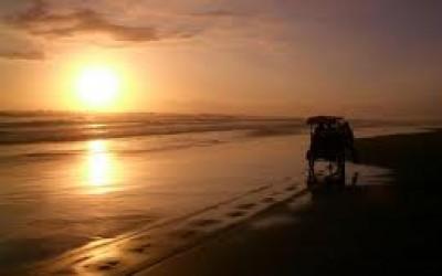 Pantai paris, Parang Tritis, Jogja, wisata, paket wisata jogja, tour jogja, honeymoon jogja,