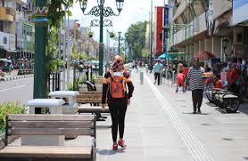 pedestrian malioboro, malioboro jogja, jalan-jalan malioboro, yogyakarta malioboro, wisata malioboro, paket wisata jogja malioboro