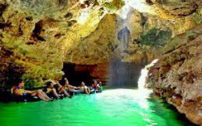Paket wisata jogja, Pelancong, Objek wisata gunungkidul, Munculnya Ubur - ubur, Kersihan utama Pantai