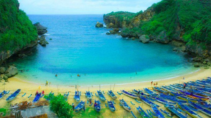 paket wisata jogja, paket liburan jogja, paket tour jogja, paket travel jogja, pantai baron gunungkidul