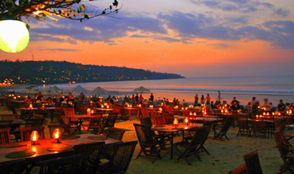 Paket Wisata Bali, Dinner Jimbaran