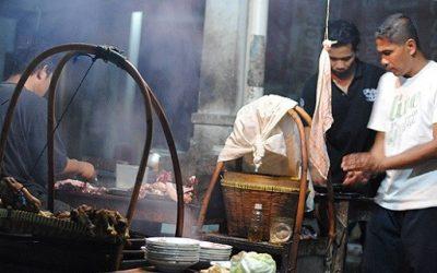 Kulineran Jogja, asyik bener, sate klathak , pasar jejeran, paket wisata Jogja75