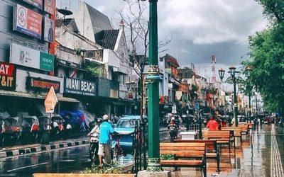 Ramainya malioboro, wisata favorit, tamasya beesama keluarga, paket wisata Jogja75, Trip ke Jogja