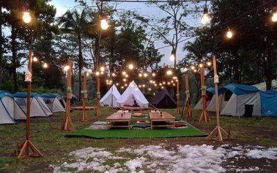 Camping Modern, Hits dan instragamable, Menikmati hutan pinus, Api unggun , Paket Wisata Jogja75
